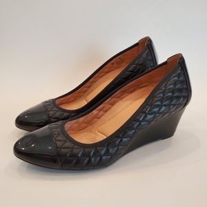 Naturalizer Quilted Cap Toe Wedge Pumps sz 10